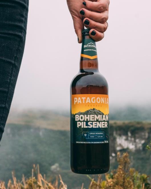 Cerveja Patagonia Bohemian Pilsener 740ml Garrafa - Imagem em destaque